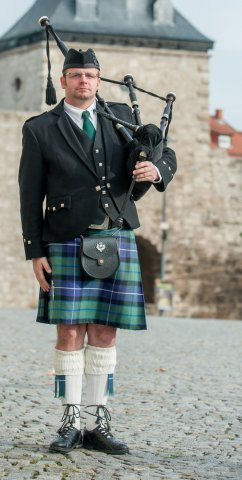 Pipe Major Olli